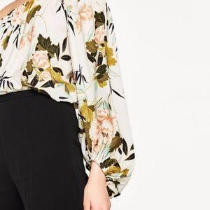 b7bed384 Zara Tops   Floral Print Bodysuit M Medium 5580   Poshmark